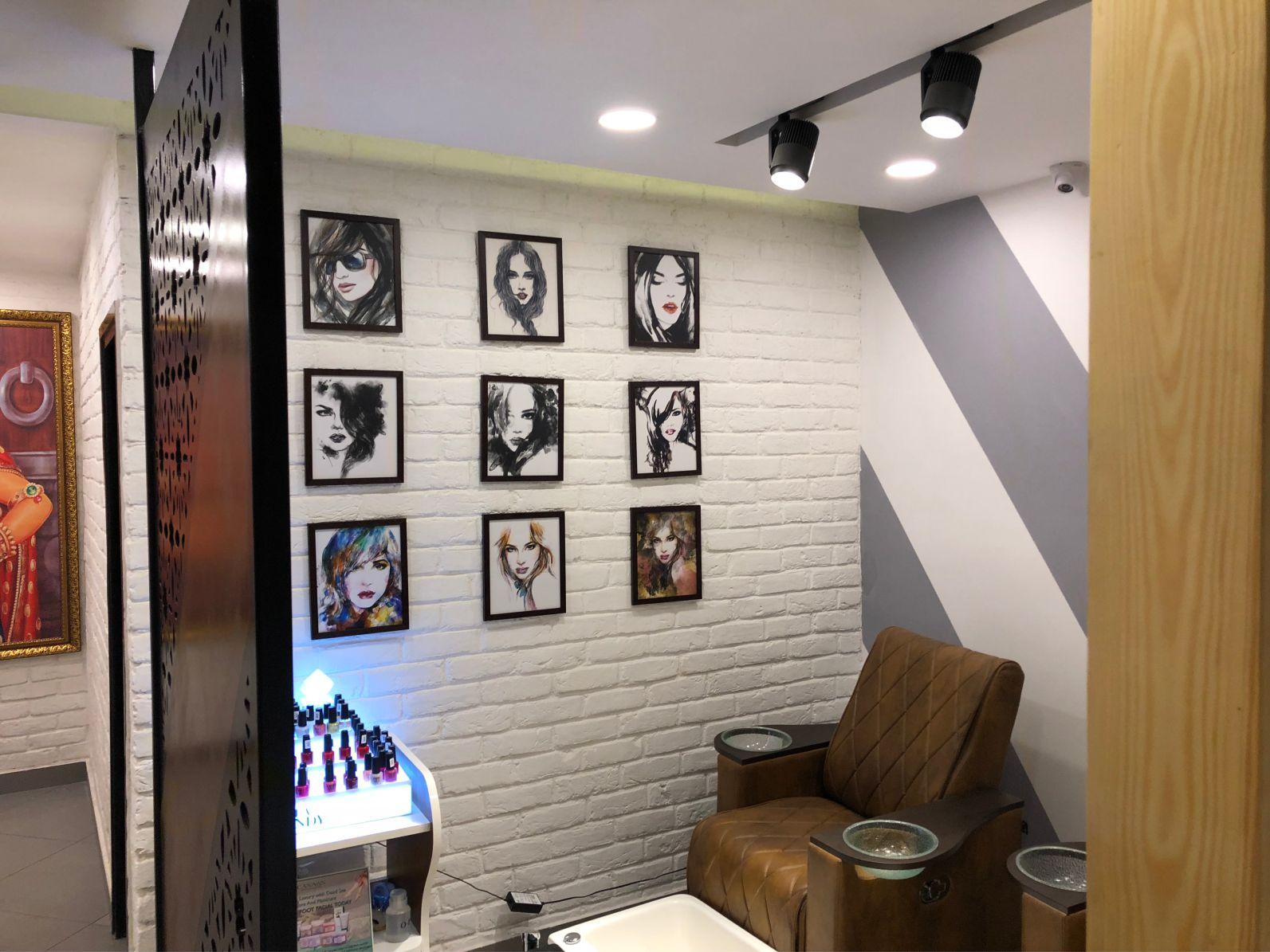 modern salon interior designers